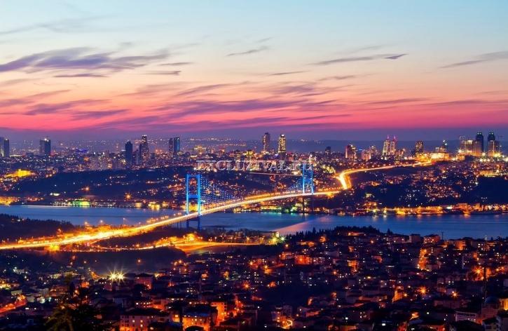Стамбул - единственный город в мире!